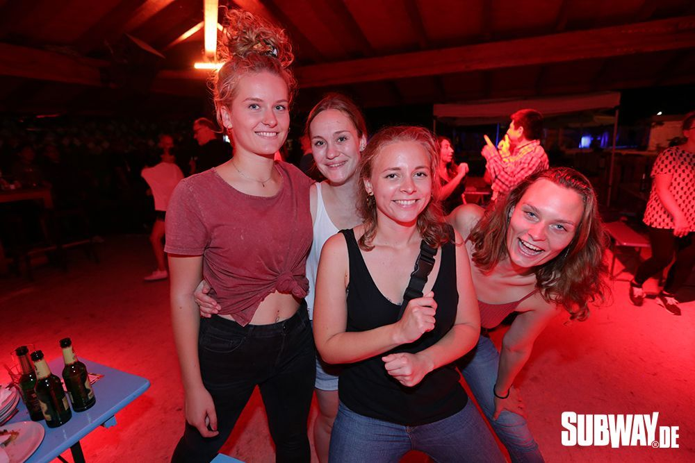 20190809-Salsa-on-the-Beach-Nizar-Fahem-Web-0017