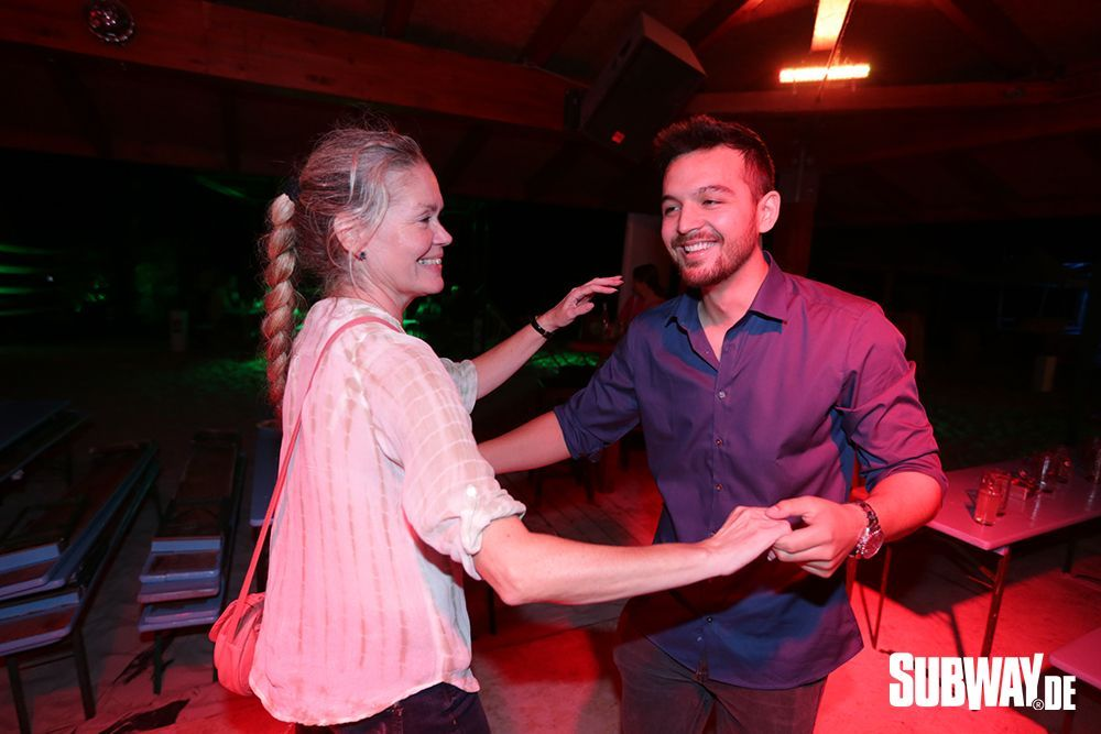 20190809-Salsa-on-the-Beach-Nizar-Fahem-Web-0024